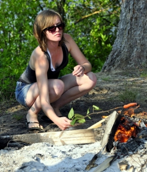 Kickin' it old school in B.C. – from wiener roasts to foraging.
